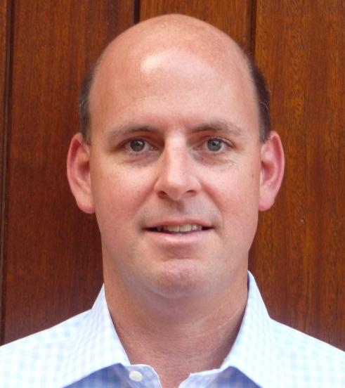 peter markham headshot1